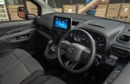 Toyota Proace City, 2020, interior