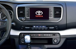 Toyota Proace Verso, 2016, display screen