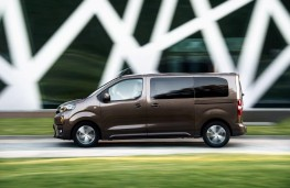 Toyota Proace Verso, 2016, side