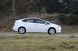 Toyota Prius, 2014, side