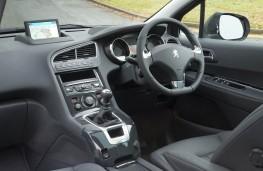 Peugeot 5008, cabin