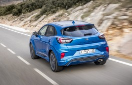 Ford Puma ST-Line X, 2020, rear