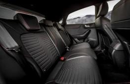Ford Puma ST-Line X, 2020, rear seats