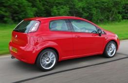 Fiat Punto, side