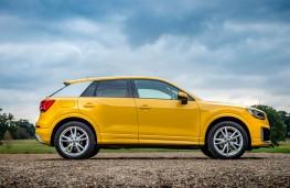 Audi Q2, side