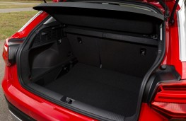 Audi Q2 Sport, 2016, boot