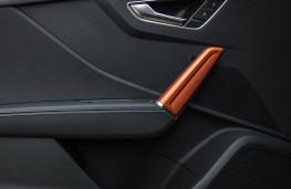 Audi Q2, door trim
