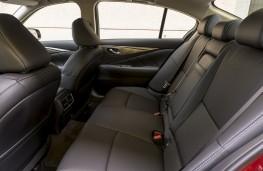 Infiniti Q50, rear seats