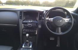 Infiniti QX70, interior