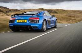 Audi R8 V10 plus, rear, action