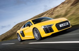Audi R8 V10 plus, side, action