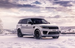 Range Rover Sport HST front static
