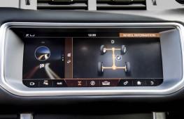 Range Rover Evoque Convertible, dash detail