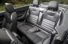 Range Rover Evoque Convertible, rear seats