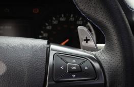 Ford Ranger Raptor, 2019, steering wheel paddles