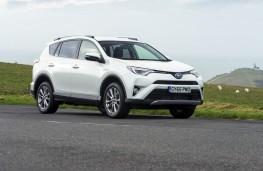 Toyota RAV4 Hybrid 2016, front, static