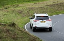 Toyota RAV4 Hybrid 2016, rear, action
