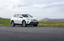 Toyota RAV4 Hybrid 2016, side