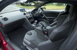 Peugeot RCZ R, interior