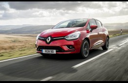 Renault Clio, front action 2
