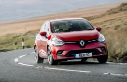 Renault Clio, front action