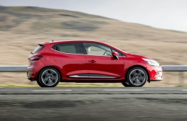 Renault Clio, side action