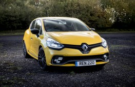 Renault Clio RS, front static