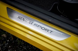 Renault Clio RS, sill trim