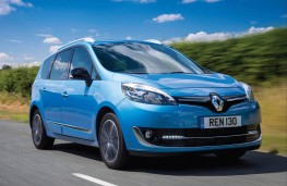 Renault Grand Scenic, front action