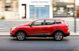 Renault Kadjar, side action