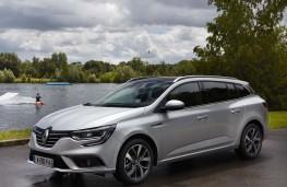Renault Megane Sport Tourer 2017 front