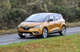Renault Scenic, front action 2