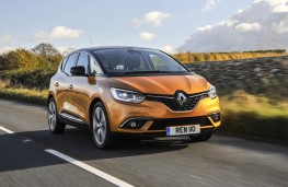 Renault Scenic, front action
