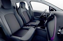 Renault Zoe 2018 purple interior