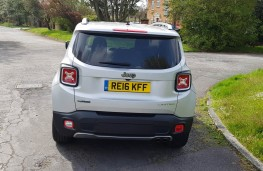 Jeep Renegade 1.6 MultiJet II Limited, rear