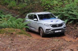 SsangYong Rexton, 2017, off road, mud