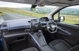 Peugeot Rifter, interior