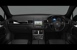 Volkswagen Touareg R-Line Plus, interior