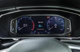 Volkswagen T-Cross R-Line, 2019, instrument panel