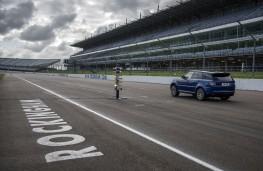 Range Rover Sport SVR, sprint test, Rockingham Speedway