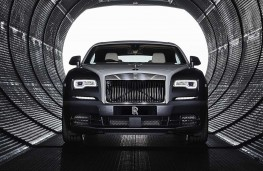 Rolls Royce Wraith Eagle VIII head on