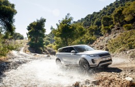 Range Rover Evoque R Dynamic, 2019, front, off road