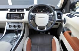 Range Rover Sport, dashboard