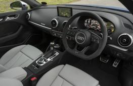 Audi RS 3, interior