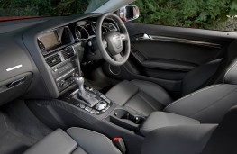 Audi RS 5 Coupe, interior