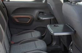 SsangYong Rexton, 2017, middle seats