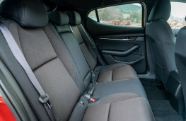 Mazda3, rear seats