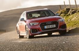 Audi RS 4 Avant, 2018, front, cornering