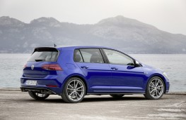 Volkswagen Gof R with Performance Pack, 2017, side