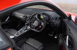 Audi TT RS Coupe, 2016, interior